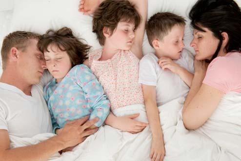 sleepingfamily3