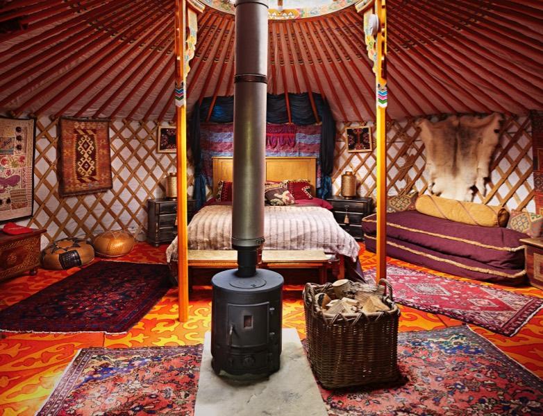 yurt-binnen